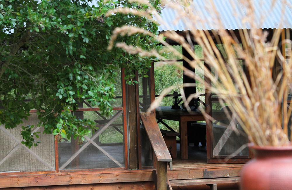 Nkumbe-tented-camp-ponta-malongane